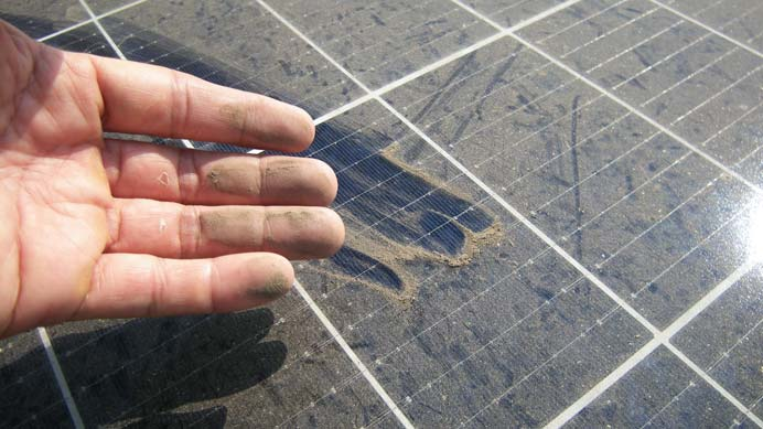 dreckige Photovoltaikanlage