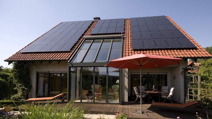 Photovoltaikanlage-mit-zwei-Trennstellen